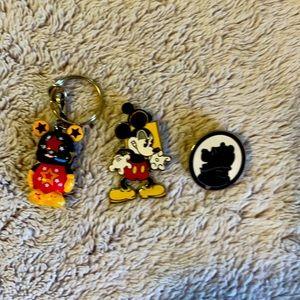 Set of three rare Disney items